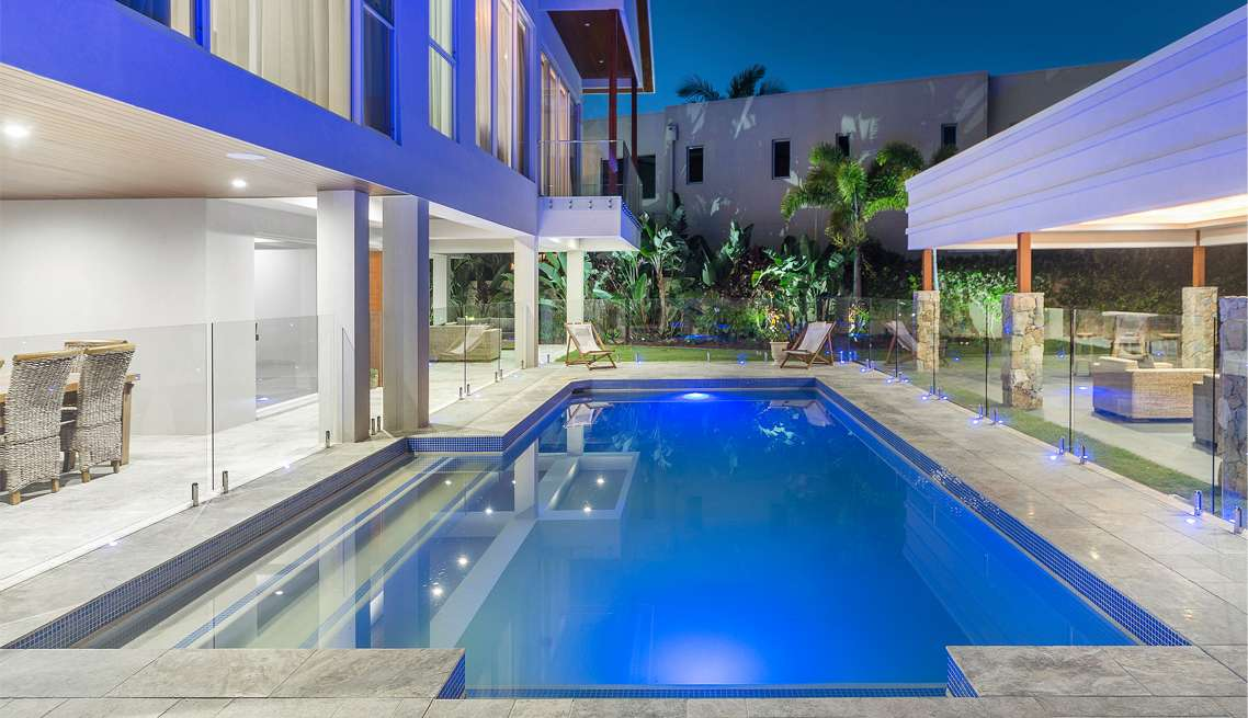 LED pool & outdoor lighting