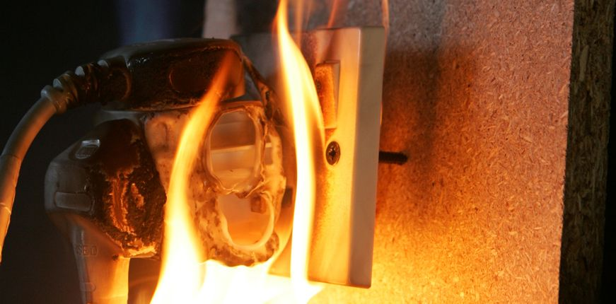 Faulty electrical wires could cause electrocution or fires in 6800 Queensland homes | Electrician Gold Coast | Electrical Contractor | LMG Electrical
