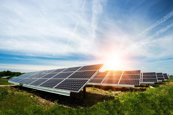 Benefits of switching to solar power for your home | Electrician Gold Coast | Electrical Contractor | LMG Electrical
